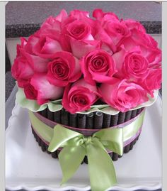 Send anniversary flowers to Philippines - Pink Birthday Cake Ideen Pretty Birthday Cakes, Happy Birthday Flower, Birthday Cake With Flowers, Birthday Cake Girls, Pretty Cakes, Beautiful Cakes, Amazing Cakes, Beautiful Flowers, Fresh Flower Cake