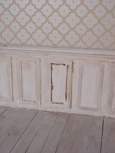 """Mini daydreams: Shabby panelling """"tutorial"""" aging wainscoting"""