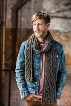 Quay, ribbed cable scarf, via Brooklyn Tweed Brooklyn Tweed, Mens Knitted Scarf, Knitted Shawls, Knitted Scarves, Moda Crochet, Knit Crochet, Outfit Trends, Knitting Designs, Scarf Styles