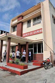 Banco de Sangre Provincial de La Habana, ubicado en la céntrica calle 23
