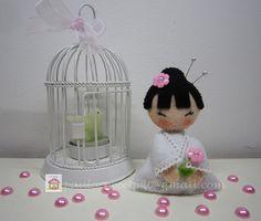 ♥♥♥ A kokeshi da Sophia, mais de pertinho... by sweetfelt  ideias em feltro, via Flickr