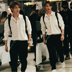 felix can either be hot as fuck or what the fuck but I love him either way Lee Min Ho, Kaito, Felix Stray Kids, Korean Boy, Kid Memes, Wattpad, Lee Know, Thirty One, Kpop Boy
