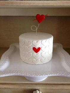 Valentine's Heart Cake via Craftsy