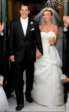 Guilianna Rancic wearing of course a beautiful simple elegant gown.