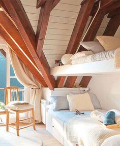 tetőtér beépítés, gyerekszoba ágy ötlet
