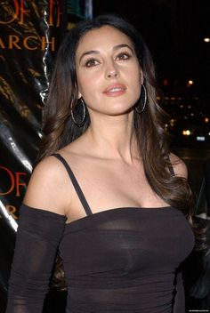 dedicated to the one and only^ Malena Monica Bellucci, Monica Bellucci Young, Monica Bellucci Photo, Monica Belluci, Beautiful Celebrities, Beautiful Actresses, Most Beautiful Women, Non Plus Ultra, Bond Girls