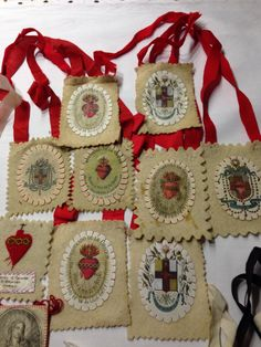 Religious Symbols, Religious Art, Hail Holy Queen, Losing My Religion, Heart Of Jesus, Catholic Art, Mexican Art, Fabric Jewelry, Sacred Art