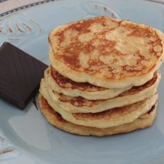 2-Ingredient Paleo Pancakes #paleo #pancakes #glutenfree #breakfast #healthy