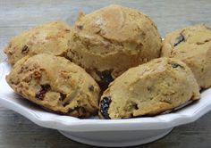 Ma petite cuisine gourmande sans gluten ni lactose: Petits pains express aux amandes et fruits secs sans gluten et sans lactose