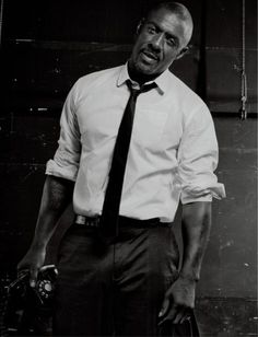 dailydris: Idris Elba on the cover of Interview Magazine -...