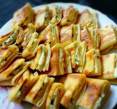 Nefiss Alternative for Breakfast More Top Rated … – Recipes Salad Recipes, Snack Recipes, Cooking Recipes, Healthy Recipes, Chicken Crepes, Turkish Recipes, Ethnic Recipes, Gozleme, Breakfast Items
