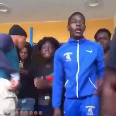 Jersey Or Florida Who does it Better ? by make edits Funny Ghetto Memes, Funny Black Memes, Funny Video Memes, Funny Relatable Memes, Dance Choreography Videos, Dance Music Videos, Music Mood, Mood Songs, Funny Dancing Gif