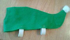 DIY elf shoes brownie elf costume http://campclem.com/2013/11/29/help-an-elf-simple-diy-felt-shoe-covers/