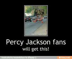 It's a dam Percy Jackson thing Percy Jackson Cosplay, Percy Jackson Fandom, Logan Lerman Percy Jackson, Percy Jackson Film, Percy Jackson Memes, Books Like Percy Jackson, Percy Jackson Comics, Annabeth Chase, Trials Of Apollo