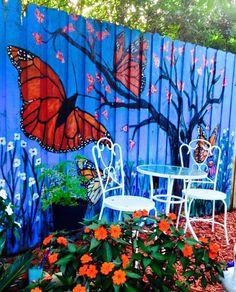 Palette Gartenmauer Insect Spray Warnings And Alternatives All of us want to protect ourselves from Garden Fence Art, Garden Mural, Backyard Fences, Potager Garden, Garden Landscaping, Garden Crafts, Garden Projects, Garden Ideas, Mural Art