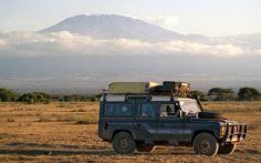 Landrover in front of Kilimanjaro by Derek Tearne, via Flickr
