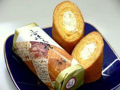 長崎人なら誰でも知っている長崎銘菓「長崎物語」。リッチなホワイトクリームを詰め込んだ異国の香りがするバームクーヘンです。
