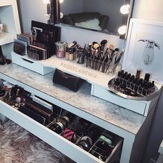 Makeup Revolution Death By Chocolate whenever Makeup Vanity Room Decor onto Makeup Mirror Set regarding Small Makeup Collection Storage Ideas Makeup Desk, Makeup Rooms, Diy Makeup, Makeup Tips, Camera Makeup, Eyeliner Makeup, Party Makeup, Makeup Videos, Makeup Products