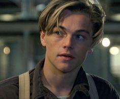 Leonard DiCaprio discovered by Lena on We Heart It Leonardo Dicapro, Jack Dawson, Young Leonardo Dicaprio, Titanic Movie, Johnny Depp, Hot Boys, Handsome Boys, Beautiful Boys, Cute Guys
