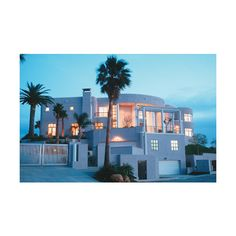 Malibu Real Estate : Malibu Homes : Malibu Beach Luxury Real Estate ❤ liked on Polyvore featuring houses, home, rooms, pictures and backgrounds