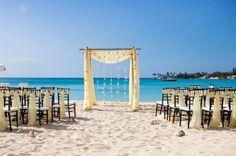 Summer Wedding on a Budget | 10 Affordable DIY Ideas