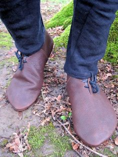 14th Century Frontlaced Handmade Leather by BarefootCordwainer, $80.00