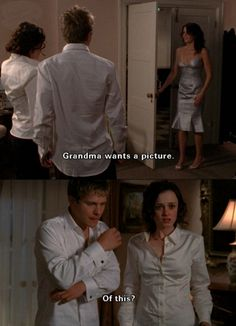 Grandma wanted a picture. Gilmore Girls Logan, Gilmore Girls Funny, Rory And Logan, Team Logan, Gilmore Girls Quotes, Lorelai Gilmore, Rory Gilmore Style, Gilmore Girls Fashion, Gilmore Girls Characters