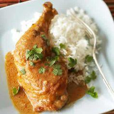 cuisses poulet oignons cookeo, une recette très délicieuse pour votre plat principal de poulet en famille ou avec des amis. bon appetit.