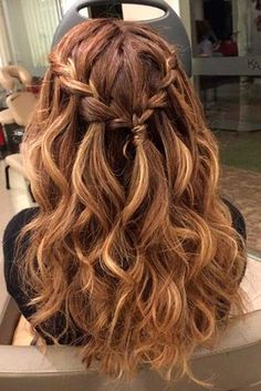 Half Up Half Down Hairstyles picture3