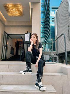 Sandara Park, Twitter Update, 2ne1, Normcore, Kpop, Female, Instagram Posts, Hair, Queens