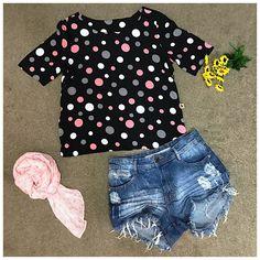 Amamos poás!! E esses com tamanhos diferentes e nos tons rosa, branco e cinza estão simplesmente apaixonantes!