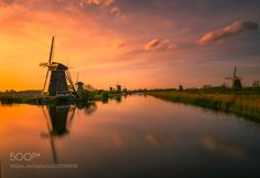 Kinderdijk Holland. by remoscarfo #architecture #building #architexture #city #buildings #skyscraper #urban #design #minimal #cities #town #street #art #arts #architecturelovers #abstract #photooftheday #amazing #picoftheday