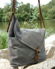 Canvas Bags – Canvas Shoulder Bag – a unique product by NordlichtBags on DaWanda. Visit for more DIY Bags and Purses ideas. Sacs Tote Bags, Duffle Bags, Clutch Bags, Diy Bags Purses, Purses And Handbags, Canvas Shoulder Bag, Shoulder Bags, Fabric Bags, Handmade Bags