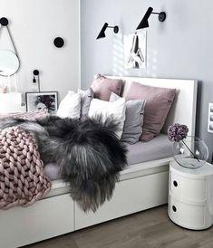 chambre avec déco glamour de style scandinave moderne