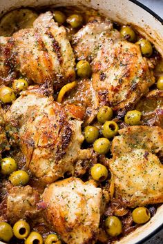 Saucy Skillet Chicken with Lemons and Olives - Delicious pan seared chicken thighs prepared with olives, lemons, and red wine. Easy Chicken Thigh Recipes, Chicken Thights Recipes, Chicken Skillet Recipes, Red Wine Chicken, Chicken With Olives, Lemon Chicken, Cinnamon Chicken, Lemon Olive Chicken Recipe, Oven Chicken