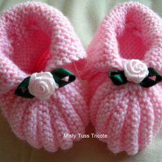 www.mois-pour-moi.fr #rose #chaussons #bébé #fleur #tricot