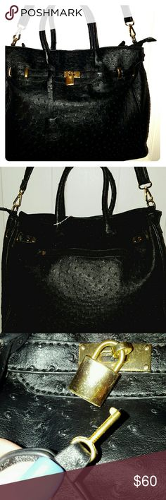 Large Black Ostrich Skin Purse w/ Lock This is a huge, beautiful bag! Pristine. Bags Shoulder Bags