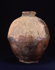 TitleLarge Jar ProvenanceShigaraki kiln, Shiga pref. PeriodMuromachi period Century15c MaterialsShigaraki ware DimensionsH-45.4 D-39