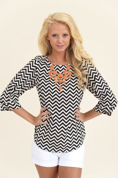 EVERLY: Zig Zag Parade Blouse-Black