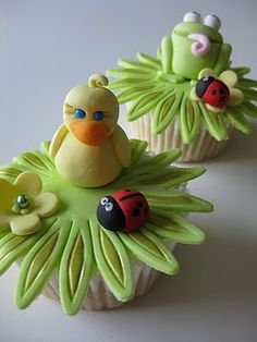Cute Spring cupcakes