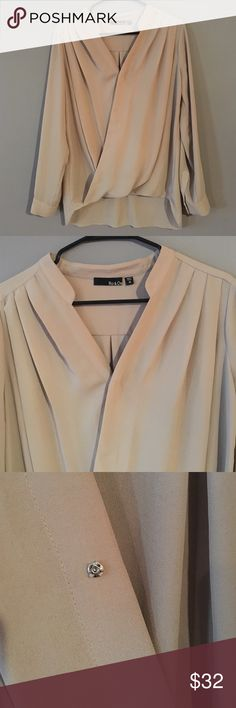 Ro&De blouse Crossover long sleeve blouse. Size M. Snap closure at front. 100% polyester Ro&De Tops Blouses