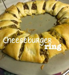 full-time teacher, part-time crafter: Crescent Roll Cheeseburger Ring