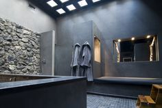 Spa with Senso Wall. Senso Wall is a robust wall covering made from ground rock, excavated from quarries around Firenzuola, Italy. Bad Inspiration, Bathroom Inspiration, Tadelakt, Wet Rooms, Grey Bathrooms, Industrial House, Black Walls, Bath Design, Amazing Bathrooms