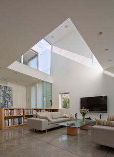 The Holleb Residence in Santa Monica, California.By John Friedman Alice Kimm Architects | CONTEMPORIST