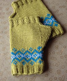 1000+ images about Knitting 2C - Gloves & Mittens on Pinterest Fingerle...