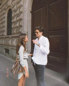 Cute Relationship Goals, Cute Relationships, Marriage Goals, Couple Relationship, Life Goals, Photo Couple, Couple Photos, Vintage Couple Pictures, Silly Couple Pictures