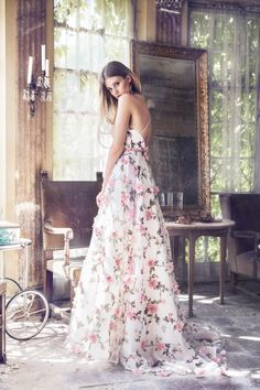 ☆ Join our Pinterest Fam: @KoogalShop (16k+) ☆ Oh, also use our code 'Pinterest10' for 10% off your next dress ♡ Floral Dress Wedding, Pink Floral Dress, Floral Maxi, Lovely Dresses, Elegant Dresses, Beautiful Gowns, Formal Dresses, Evening Dresses, Vintage Prom