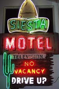 The National Heritage Museum Presents New England Neon