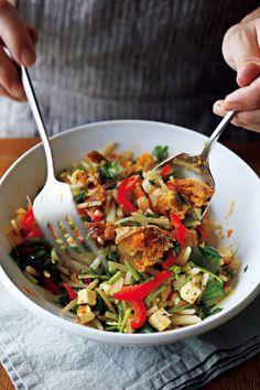 旬のじゃがいもを使って、今話題の「チョップドサラダ」をご紹介。