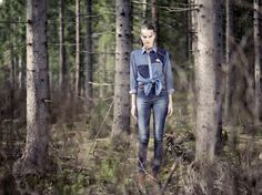 Model: Female    Blouse: ELSA Blue Mix    Jeans: SNAP Dark Vintage